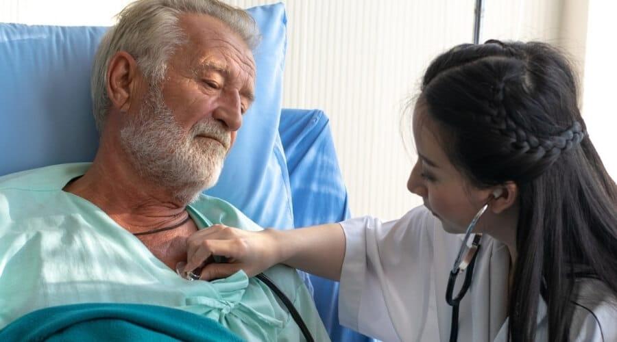 החזר מס לחולים במחלה קשה